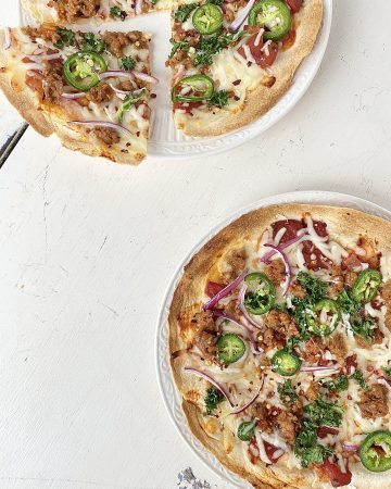 Simple Sausage and Kale Pizza on a Crispy Tortilla